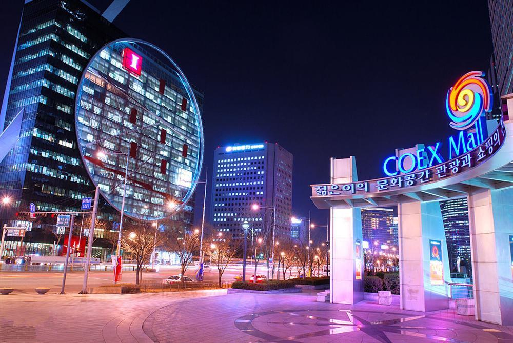 مرکز خرید کوئکس مال سئول کره جنوبی COEX Mall
